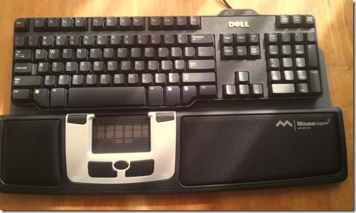 Mousetrapper Avdanced junto de um teclado